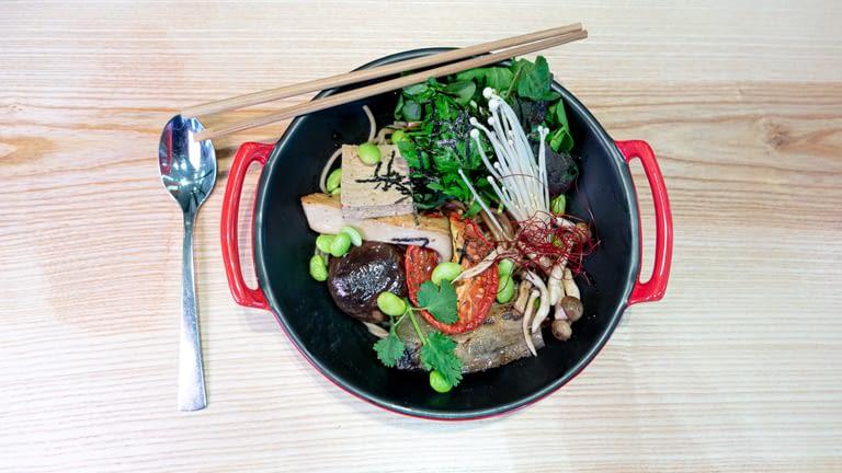 Ramen végétarien sans bouillon.jpg